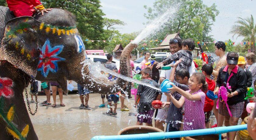 از جشن آب در تایلند چه میدانید؟