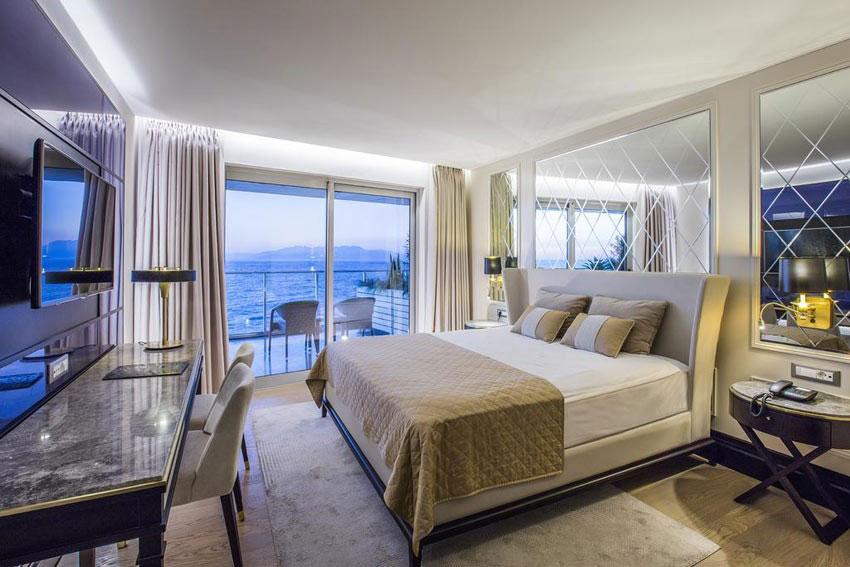 فضای داخلی هتل کاریزما