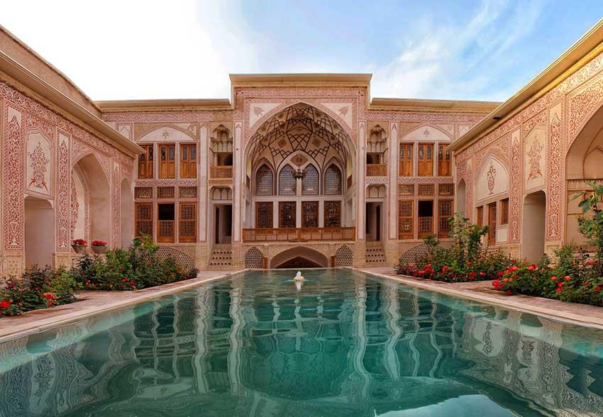 مکان های دیدنی کاشان - خانه مهینستان