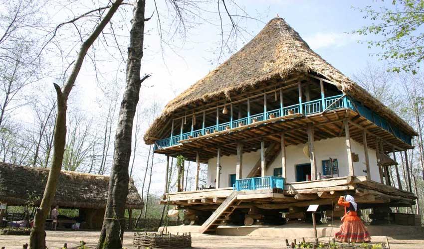 موزه میراث روستای از دیدنی های رشت