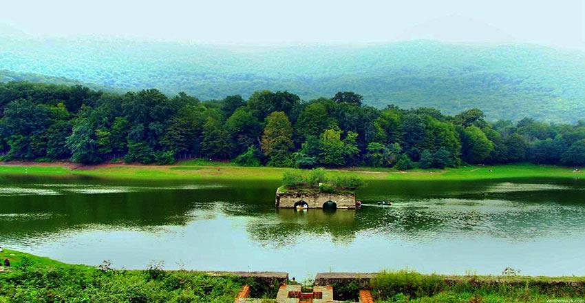 دریاچه زریوار - طبیعت زیبای سنندج