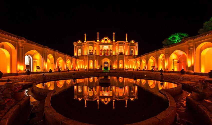 باغ فتح آباد از جاذبه های کرمان