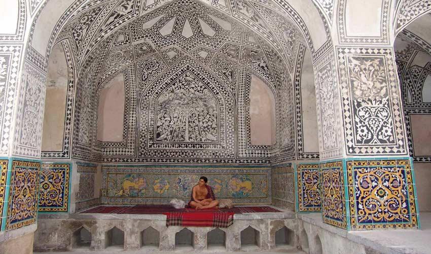 حمام خان از مکان های دیدنی سنندج