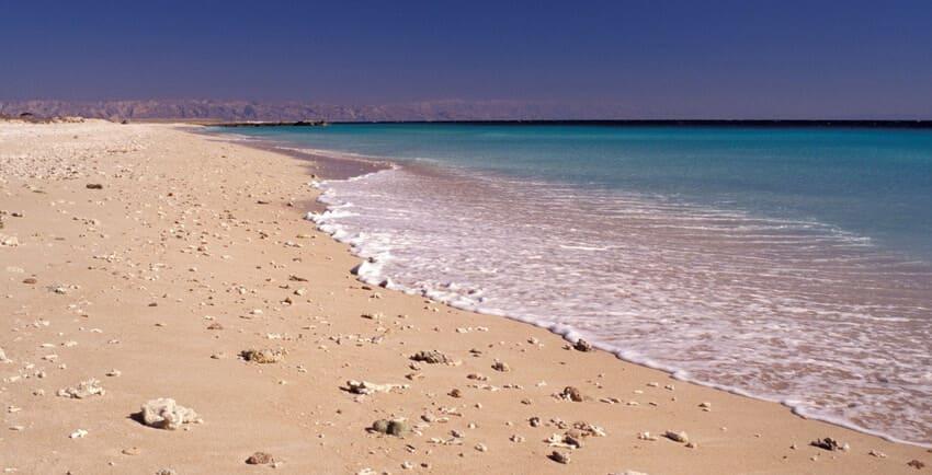 ساحل مرجان از زیباترین سواحل ایران