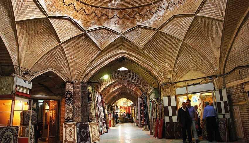 بازار سنتی اراک از بازارهای سنتی ایران