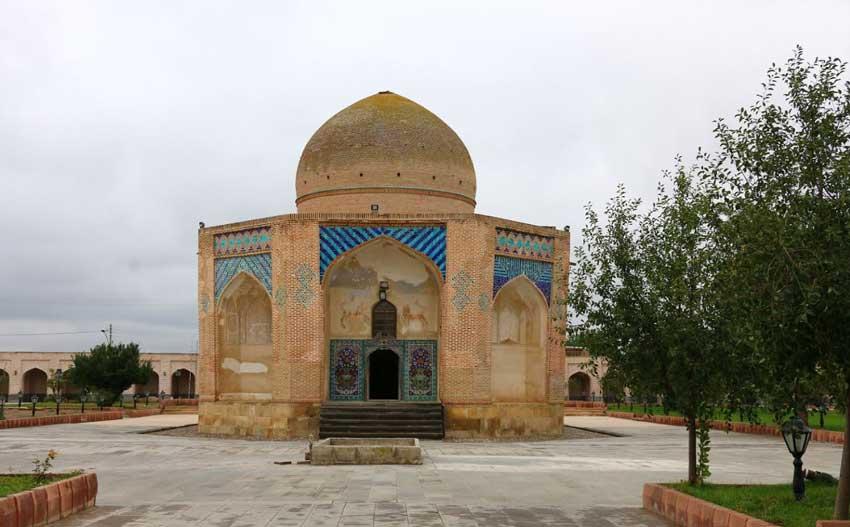 آرامگاه سید امینالدین جبراییل از جاهای دیدنی اردبیل