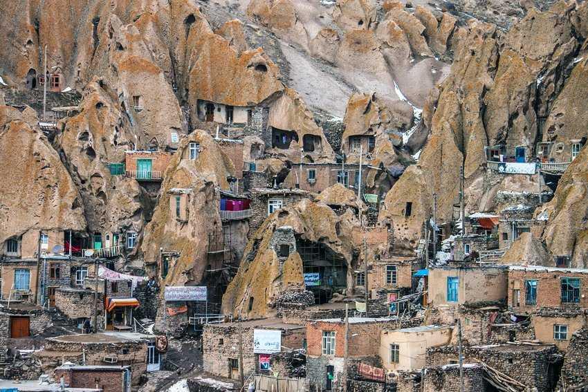 ساختار عجیب روستای کندوان