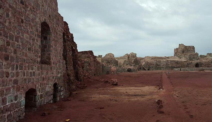 نمایی از قلعه پرتغالی ها