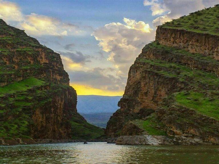 تنگ کافرین در استان ایلام