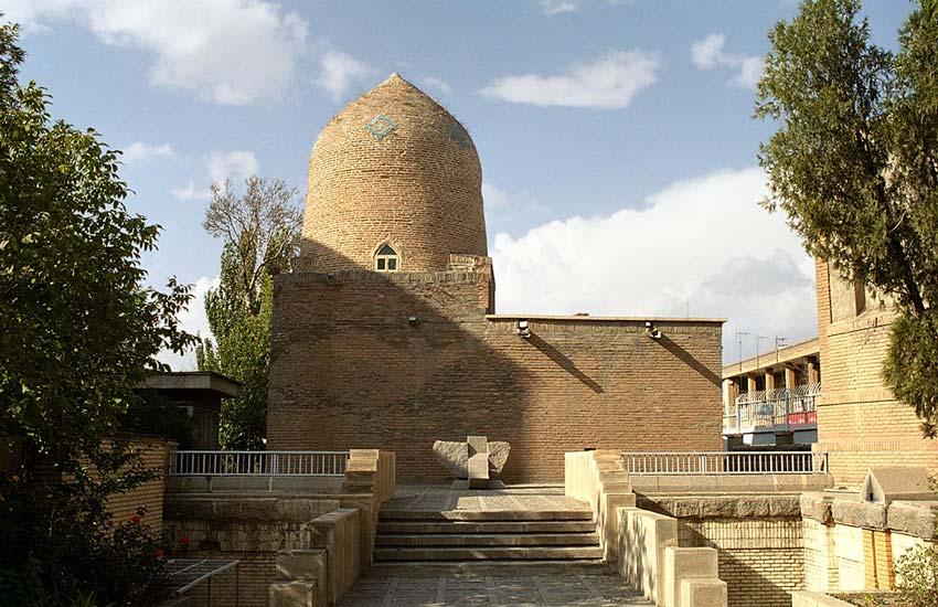 مقبره یهودیان در همدان