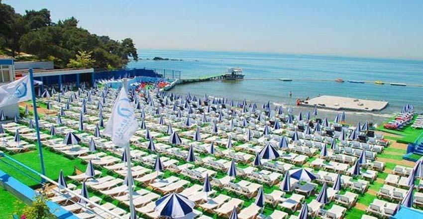 ساحل جزیره بیوک آدا ترکیه