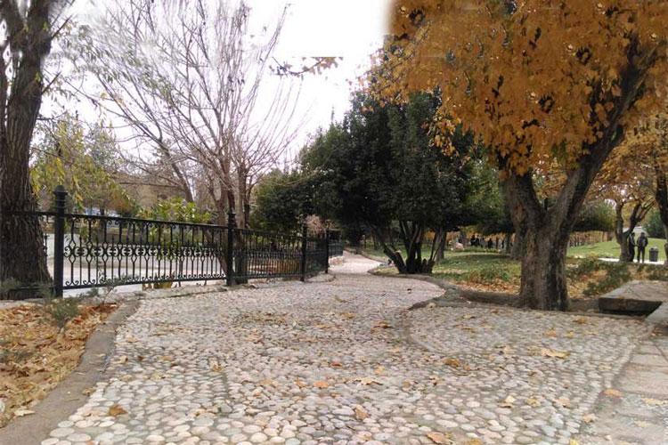 با زیر و بم باغ ملی شیراز آشنا شوید