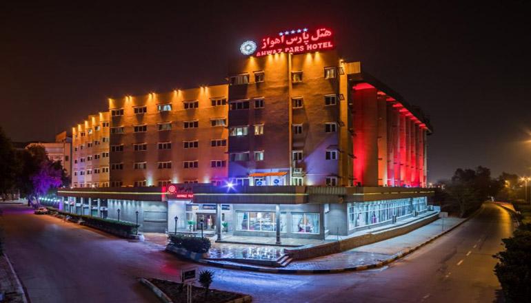 بهترین هتل های اهواز؛ در شهر پلها کجا بمانیم؟