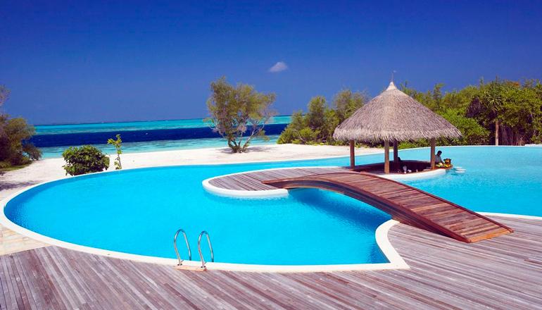 استراحتگاه جزیره بیادو (Biyadhoo Island Resort)