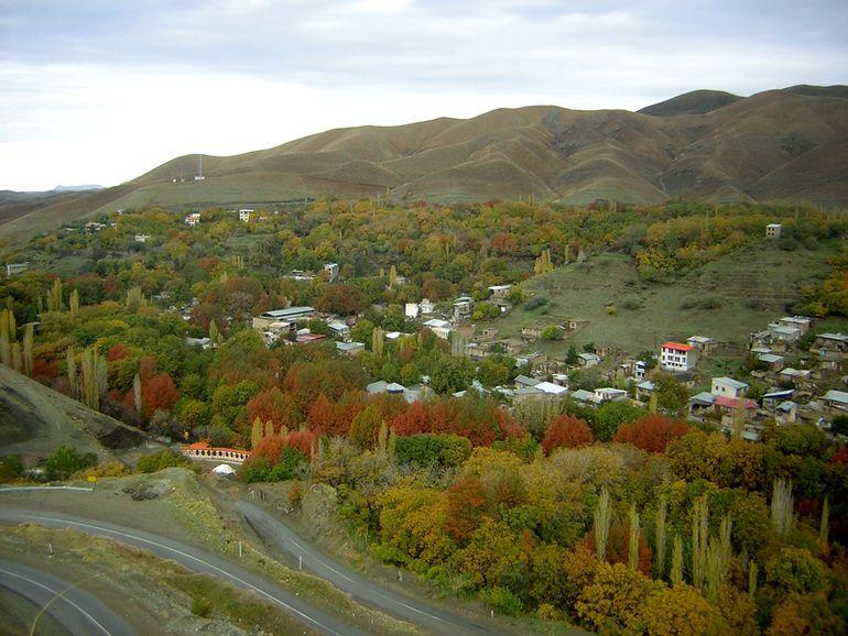 روستای برغان کرج کجاست؟ تفریحات و جاذبه های روستای برغان