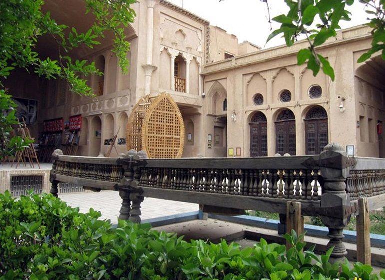 آشنایی با 18 مورد از جذابترین خانه های تاریخی یزد