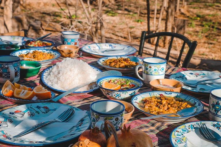 با غذاهای محلی یزد آشنا شوید