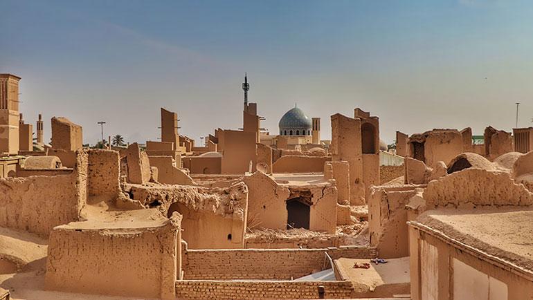فاصله تهران تا یزد و آشنایی با چموخم سفر به شهر بادگیرها