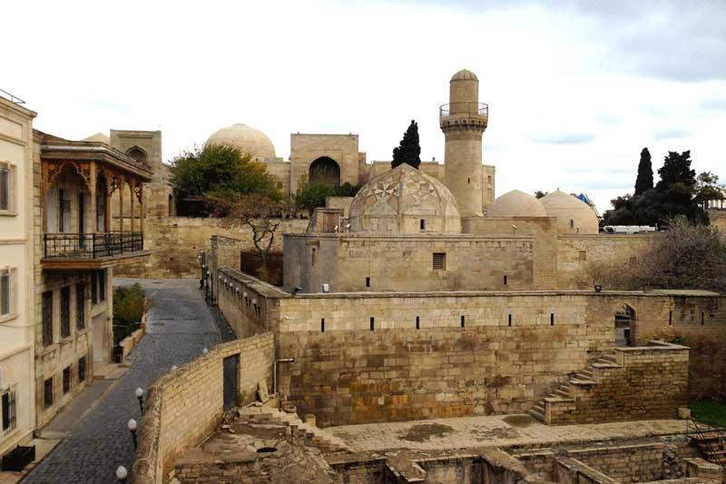 شهر قدیم آذربایجان در راهنمای جاهای دیدنی آذربایجان