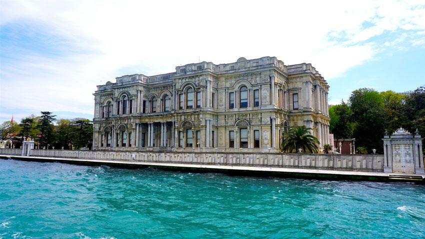 کاخ بیلربیی در فهرست جاهای دیدنی ترکیه