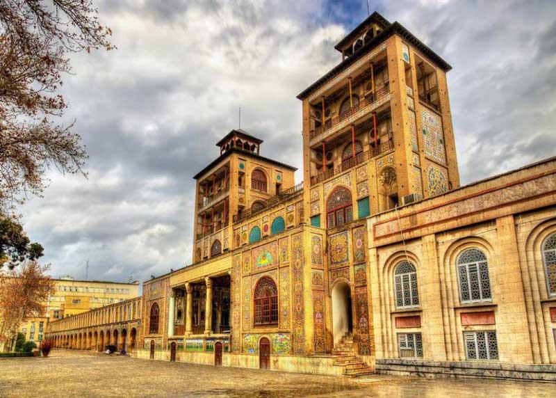 کاخ گلستان از فهرست موزه های تهران