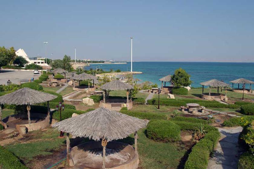 پارک ساحلی میر مهنا