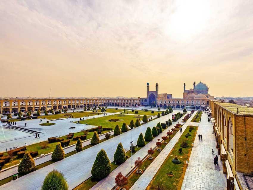 راهنمای سفر به اصفهان - میدان نقش جهان