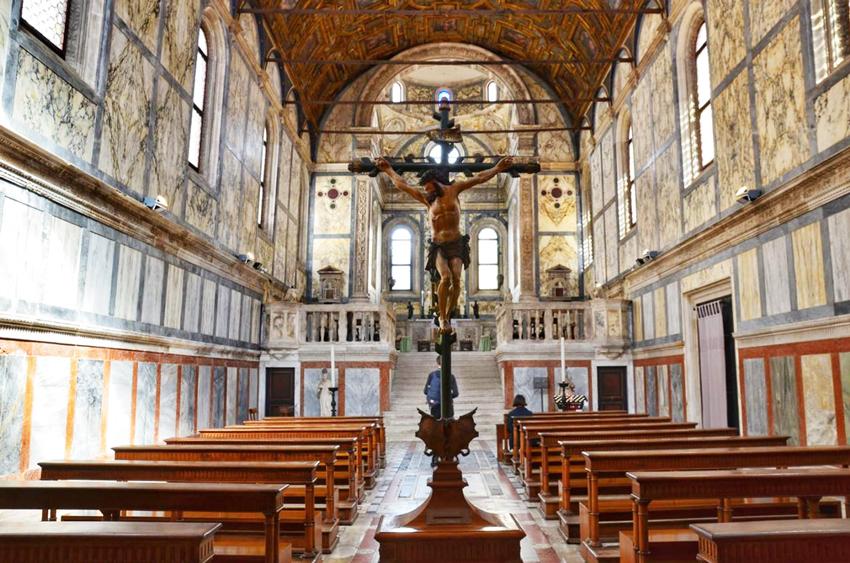 جاهای دیدنی ونیز کلیسای سانتا ماریا میراکولی