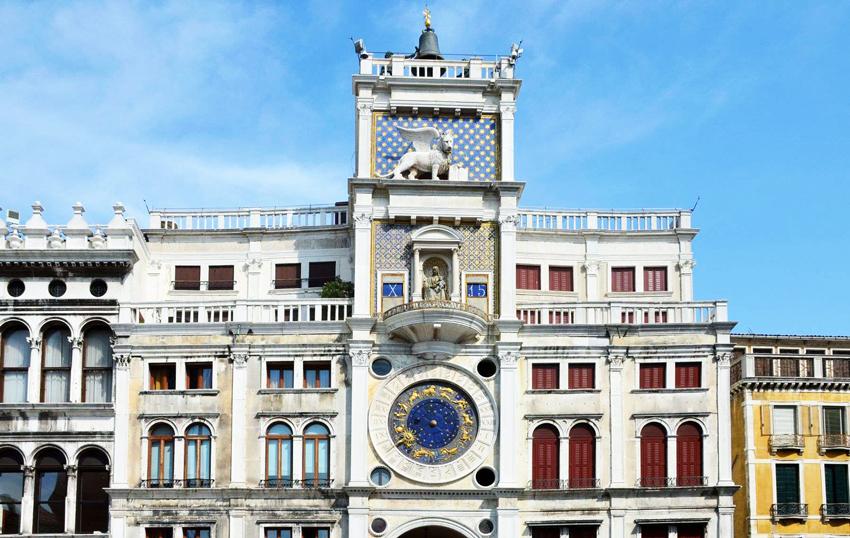 جاهای دیدنی ونیز برج ساعت