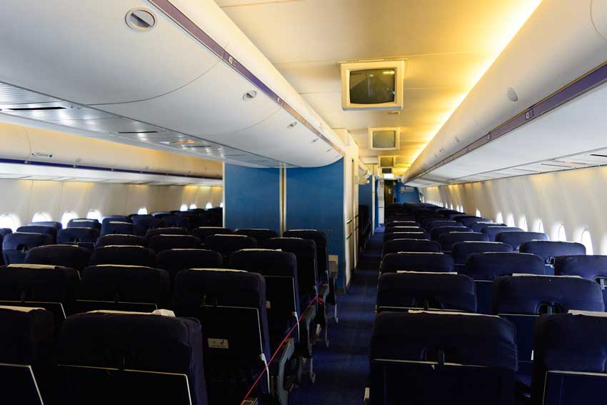 بوئینگ 300-747
