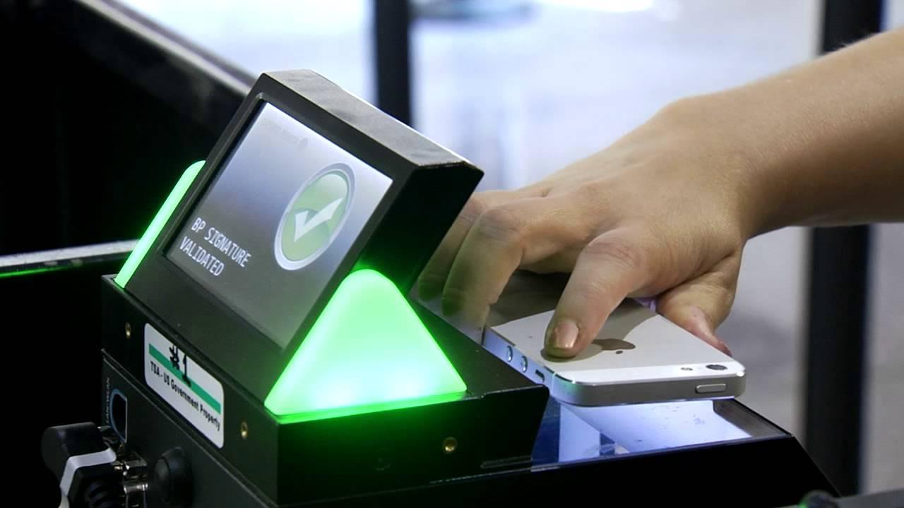 آیا چاپ بلیط هواپیما برای سفر ضروری است؟