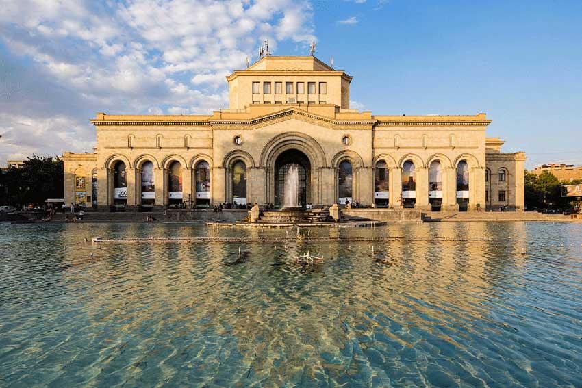 موزه تاریخ ایروان