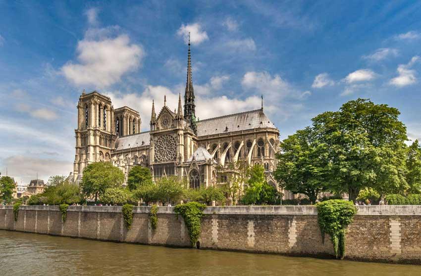 کلیسای نوتردام سفر به پاریس
