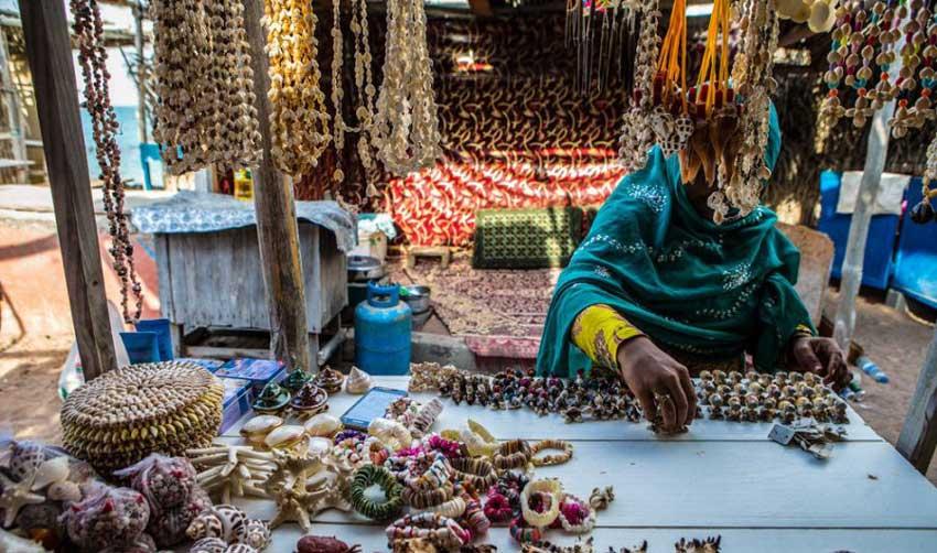 بازارهای محلی هنگام دیدنیهای قشم