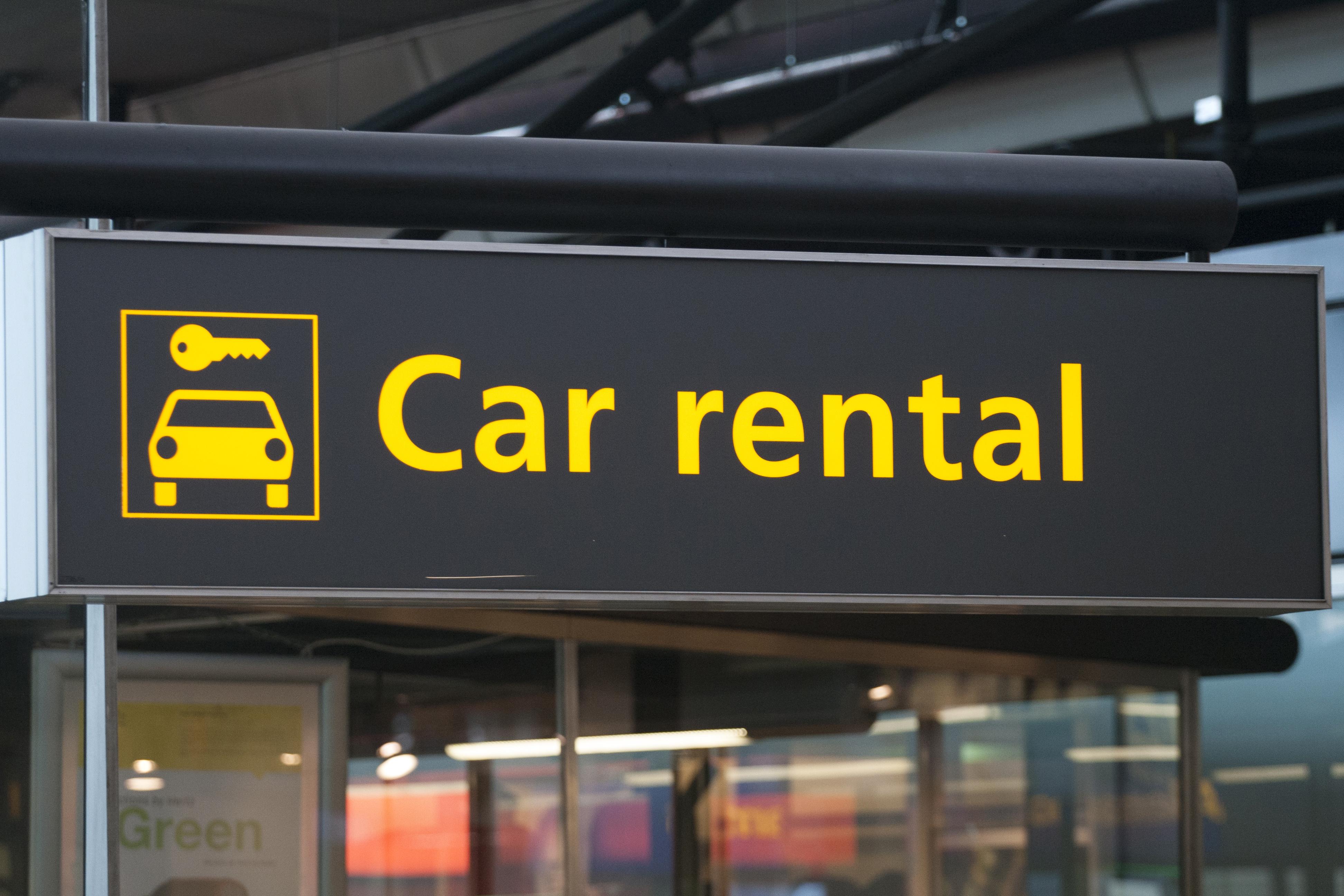 اجاره اتومبیل بدون راننده در کشورهای خارجی