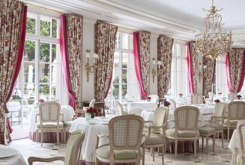 رستوران در پاریس سفر به پاریس