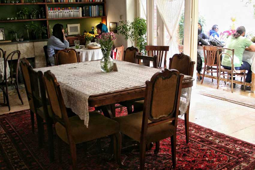 بهترین کافه های تهران - کافه تهرون